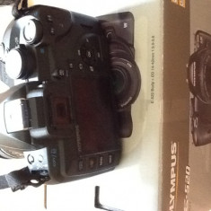 Aparat foto Olympus E-520 - DSLR Olympus, Body (doar corp), 10 Mpx, HD