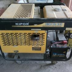 INCHIRIEZ GENERATOR DE CURENT ELECTRIC TRIFAZIC 10 kWA KIPOR KGE12E3 - Generator curent