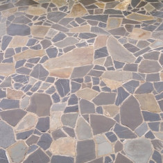 Vand piatra diverse forme, marimi, culori si grosimi pentru constructii si amenajari
