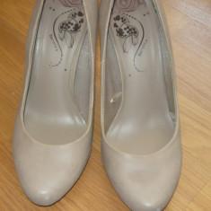 PANTOFI BERSHKA 60 RON - Pantof dama Timberland, Gri, Marime: 37.5