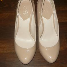 PANTOFI STRADIVARIUS - Pantof dama Timberland, Crem, Marime: 36.5, Cu toc