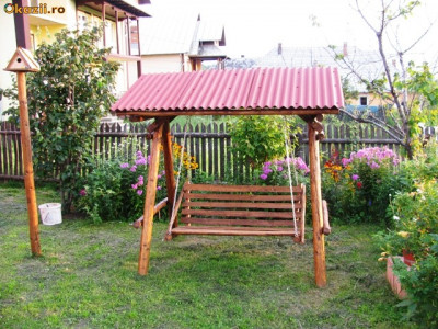 Balansoar Gradina Rustic. Poza Reala foto
