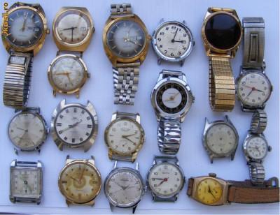 18 ceasuri vechi de mina defecte - de colectie foto