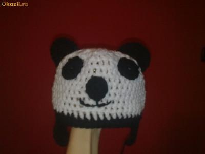 Caciula  ursuletul panda crosetata pt copii mari/ adulti foto