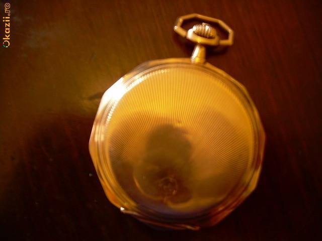 ceas de buzunar din aur foto mare