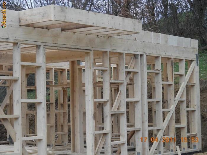Pachete do it yourself case la rosu din lemn for Case din lemn pret 5000 euro