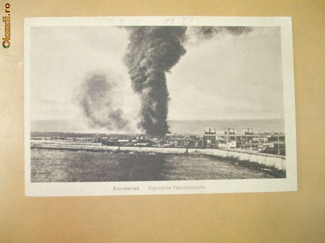 Carte Postala Constanta Tancuri petroliere in flacari