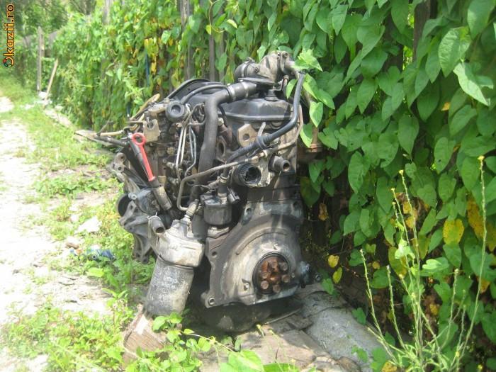 Motor vw passat 1.9 TD foto mare