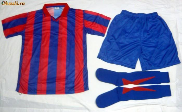 Echipamente / set / compleu  de fotbal rosu-albastru seniori si juniori / copii ieftine foto mare