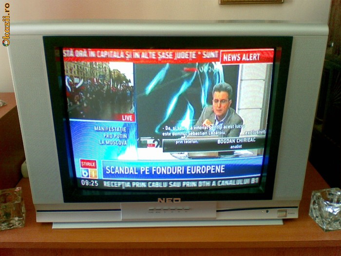 Televizor NEO 54cm telecomanda, hyperbanda, argintiu foto mare