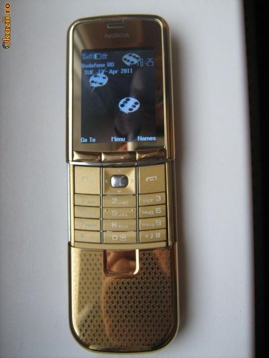 Nokia 8900e GOLD foto mare