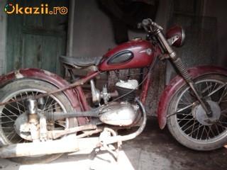 Motocicleta MZ 125 ,an 1960 foto mare