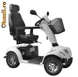 Vand scaun cu rotile model L4 Carpo 4 din anul 2011