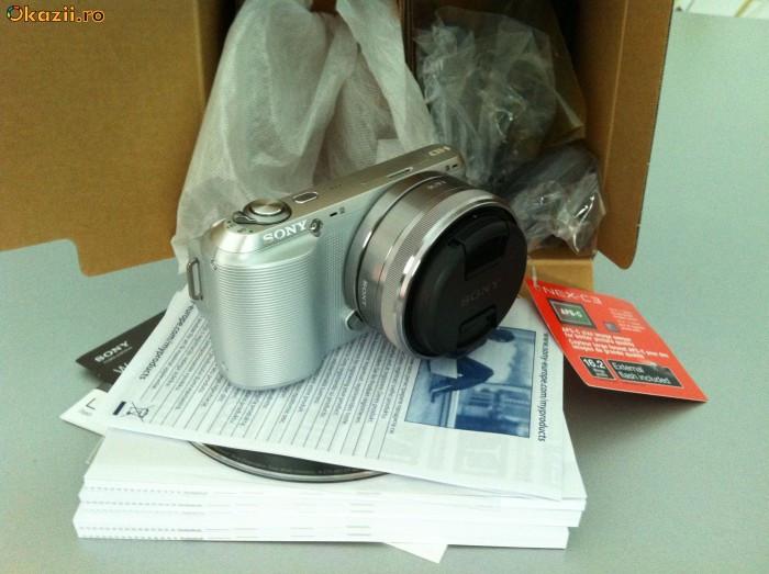 Sony NEX-C3 Aparat Foto DSLR la pret ieftin / mic foto mare