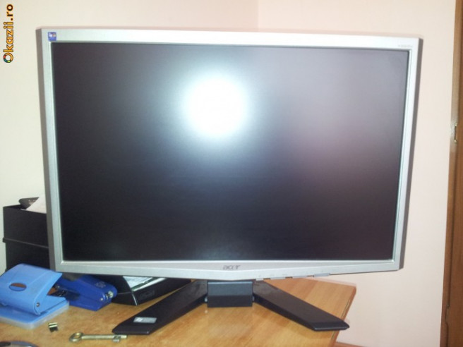 acer x223w 22 inch monitor arhiva. Black Bedroom Furniture Sets. Home Design Ideas
