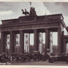 Berlin Poarta Bandenburg, masini de epoca