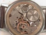 Ceas de mana WOSTOK  cu baza de  mecanism ZENITH ,otel, anii'75 !