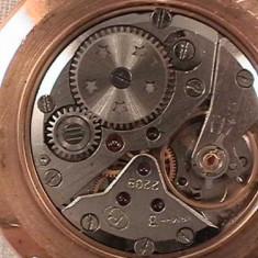 Ceas vechi de mana VASTOK placat aur