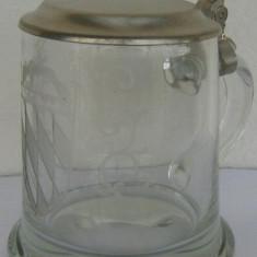 Halba din sticla cu capac din zinc