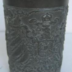 Pahar vechi din zinc marcat - Metal/Fonta