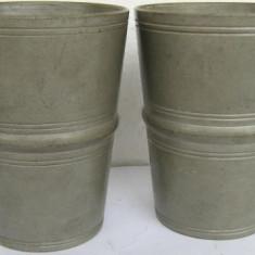 2 pahare din zinc marcat (2) - Metal/Fonta