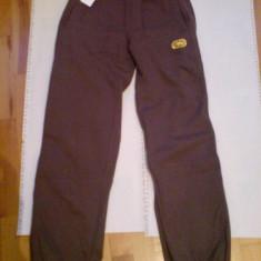 Pantaloni Ecko - Pantaloni barbati
