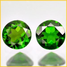CHROME DIOPSIDE NATURAL- RUSIA-6 MM