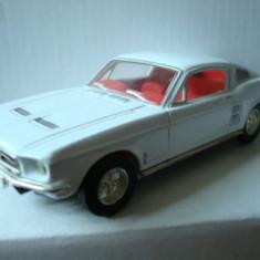 1/43-DINKY-MATCHBOX-clasic - Macheta auto