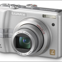Panasonic DMC-LZ7, 6x optic + 4 acumulatori, incarcator - Aparate foto compacte