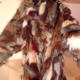 Haina de blana vulpe ; marime 46