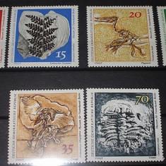 GERMANIA DDR 1973 - FOSILE - NEUZATE - Timbre straine