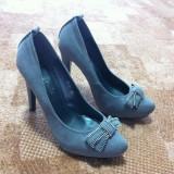 Pantofi de dama cu toc inalt marimea 37