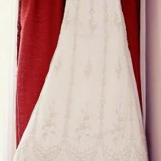 Rochie de mireasa Romana Ghita-Urmanczy