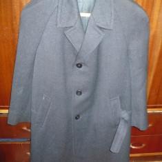 Palton barbatesc, gros, impecabil - OKAZIE - Palton barbati