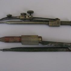 2 COMPASE DE COLECTIE DIN ANII 70 - Instrumente desen
