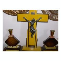 Superb crucifix cu sfenice