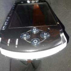 PSP Sony 3004 modat+Memory Stick 8GB, 6 jocuri