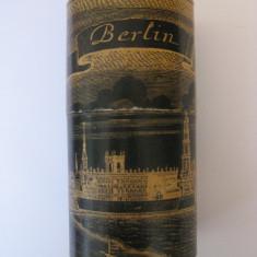 PAHAR SOUVENIR BERLINEZ DIN ANII 60 - Pahare
