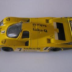 PORSCHE 956 PROTOTIP MASINA CURSE FABRICATA IN 1985 DE CORGI - Colectii