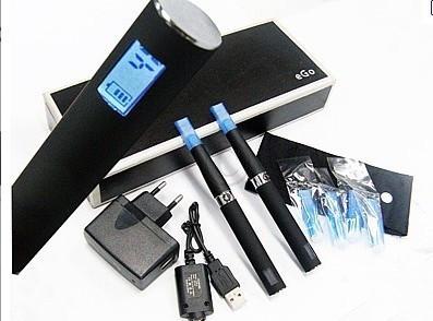 NOU 2012! MEGA SET 2 TIGARI ELECTRONICE EGO T CU AFISAJ LCD+MULTIPLE ACCESORII INCLUSE! PROMOTIE! foto