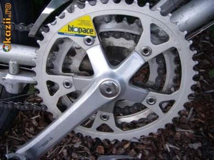 Angrenaj pedalier Shimano Biopace foto mare