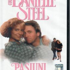Danielle Steel - Pasiuni/Heartbeat 1993 DVD remasterizat digital, sigilat - Film romantice