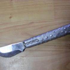 CUTIT SPECIAL de COLECTIE, maner metalic, VECHI - Metal/Fonta