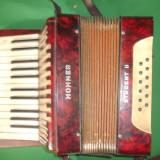acordeon marca HOHNER STUDENT II piesa de colectie - sunet original !!!