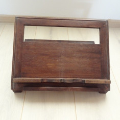 Vand Pupitrul din lemn