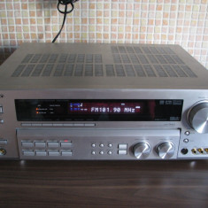 Amplificator - statie - amplituner - receiver Kenwood KRF-V 7070D - Amplificator audio Kenwood, 81-120W
