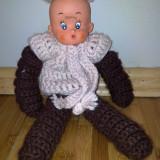 Papusa baietel tricotat din lana - Papusa de colectie