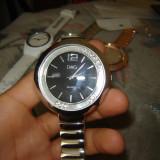 Ceas de dama D&G cu cristale, mecanism quartz (replik)