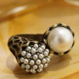 Vand inel vintage cu perle