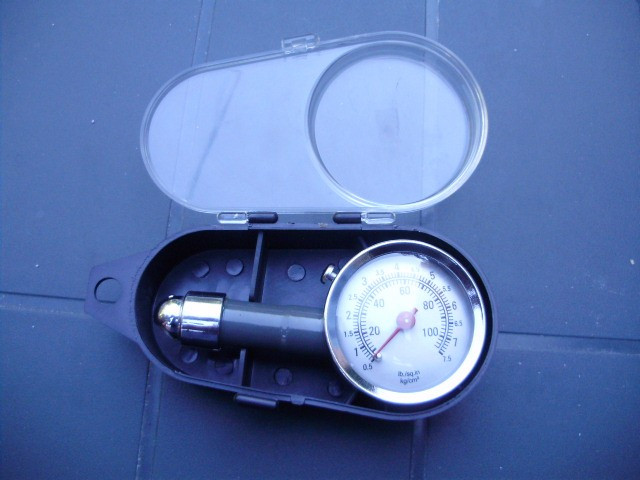 Manometru presiune aer foto mare